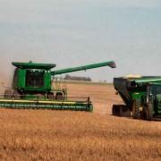 Subvenţii mai mari pentru proprietarii care arendează terenul agricol fermierilor activi
