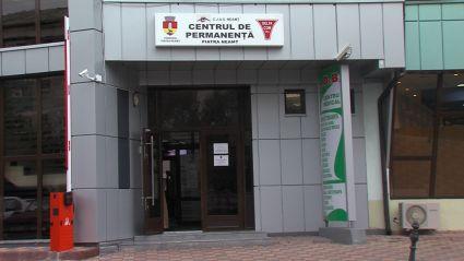 Centrele de permanenţă luate cu asalt