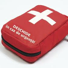Medicii din centrele de permanenţă vor asigura trusa de urgenţă