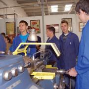Şcolile profesionale îşi prezintă oferta educaţională