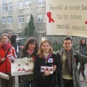 Statul îi lasă fără medicamente pe nemţenii bolnavii de HIV/SIDA