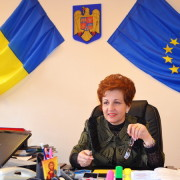 Emilia Arcan, președinta CJ Neamț: Bucuraţi-vă, mamelor, de pruncii cărora le-aţi dat viaţă!