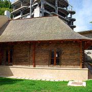 Piatra Neamț: unica sinagogă de lemn din Europa lemn face 250 de ani