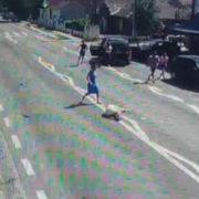 Bătrâni seceraţi de maşini, pe stradă