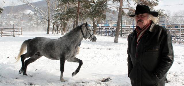 Semnal de alarmă: Caii de la Baza Hipică, îmbolnăviţi cu apă din Bistriţa! În această seară, vizită a medicului veterinar
