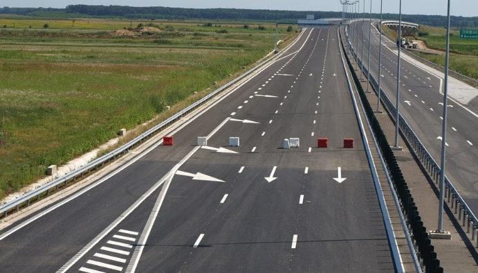 Autostrada Tg. Neamţ-Ungheni, subiect fierbinte la Comisia Europeană şi Guvern