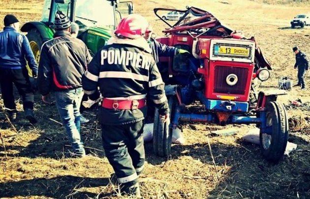 Şi-a pierdut viaţa sub tractor. La câteva secunde diferenţă, era în vârful acestuia