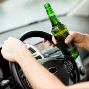 Prin Sagna, la volan, cu halenă alcoolică