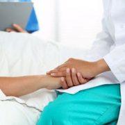 Am cancer: Doctore, învață-mă să trăiesc! Sau să mor!