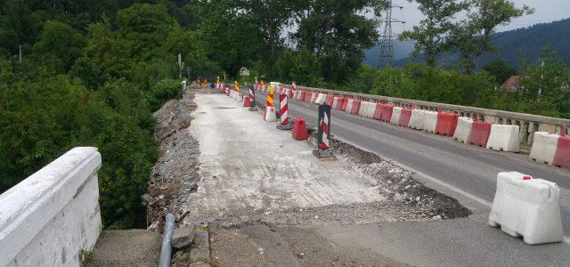 Podul de la Vaduri, mai avariat decât se credea iniţial: armătura de rezistenţă, distrusă 40 la sută