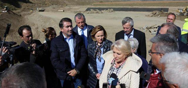 Neamţul, vizitat de premierul României şi trei miniştri