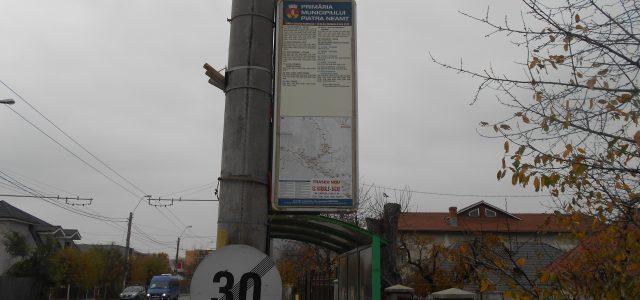 S-a mărit preţul la transportul în comun din Piatra Neamţ. Programul afişat tot nu corespunde cu realitatea