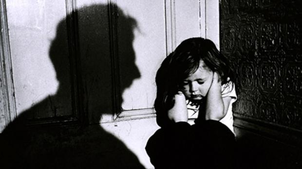 Neamţ: 550 de cazuri de abuz şi aproape 500 de maltratare a copiilor în acest an!