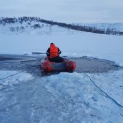Paznicul iazului de la Podoleni, găsit înecat