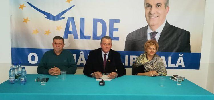 ALDE Neamţ: 30.000 de semnături şi 12% pentru alegerile europarlamentare