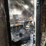 Incendiu violent la Săbăoani, de la o butelie de aragaz
