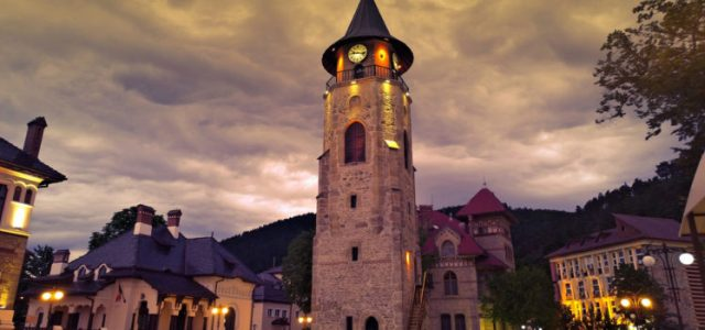 """Piatra Neamţ: Prima ediţie a Festivalului de Muzică și Poezie """"Turn Folk"""""""