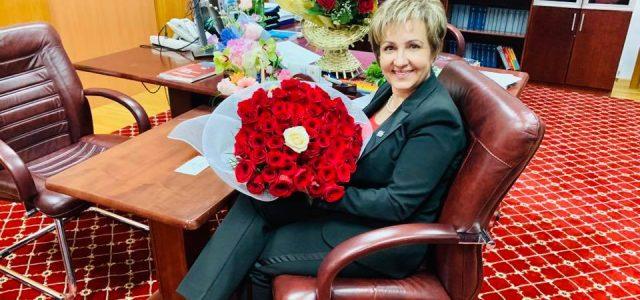 Emilia Arcan, doamna din fruntea Senatului: prima femeie din Neamţ, chestor în Parlamentul României
