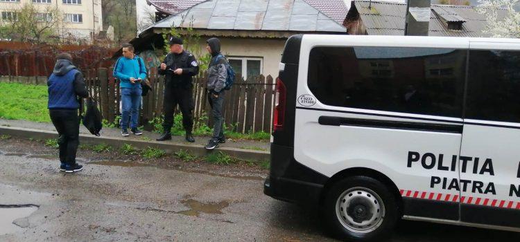 Poliţia Locală şi Inspectoratul Şcolar, la pas, prin barurile din Piatra Neamţ, după elevi