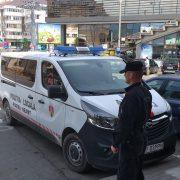 Piatra Neamţ: Balamucul şi mizeria de sărbători, amendate de Poliţia Locală!