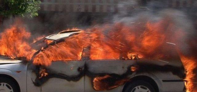 Neamţ: Autoturism în flăcări la Horia