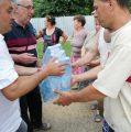 """ALDE Piatra Neamţ, gest umanitar la Văleni: """"Cu toții avem nevoie de apă pentru a supraviețui!"""""""