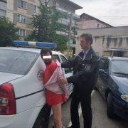 Piatra Neamţ: Nebunul străzilor a fost dus la Psihiatrie