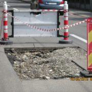 Piatra Neamţ: Spargi asfaltul, pui conducta şi pleci. În urmă, Doamne Ajută!