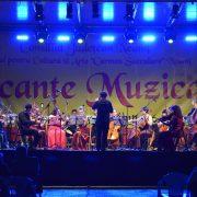 Vacanţe Muzicale, ultima seară! Pietreanca Anda Louise BOGZA, soprana Operei de Stat din Praga, cântă acasă, pentru pietreni