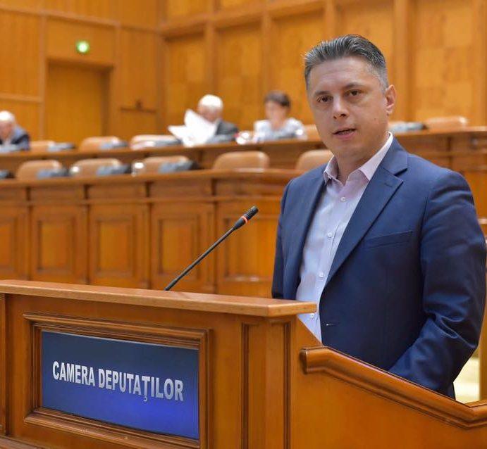 Deputatul Mugur Cozmanciuc (PNL Neamţ) anunţă primele măsuri de protecţie financiară pentru români