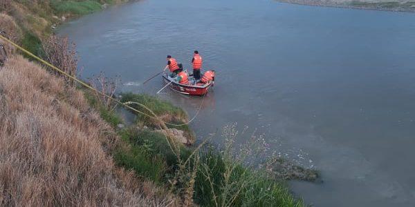 A şasea zi de când a fost luată de ape. Trupul fetiţei înecată în Moldova nu a fost găsit. Căutările continuă