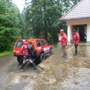 Acum pe Ceahlăul: operaţiune de mare risc pentru salvarea unui turist ieşean
