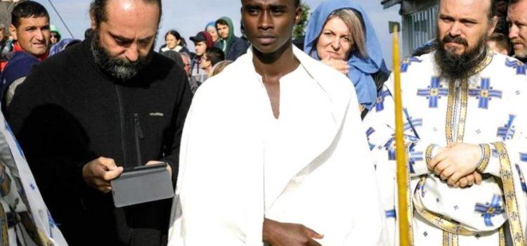 Neofitul Teofil din Rwanda – Africa a primit Taina Botezului la Mănăstirea Ceahlău