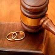 Piatra Neamţ: mai multe căsătorii, mai multe divorţuri, mai puţini copii