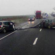 Grav accident rutier la Roman, cu trei morţi