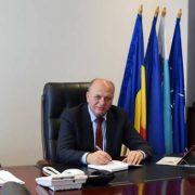 Primarul de Piatra Neamţ, supus riscului de contaminare! S-a autoizolat!