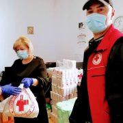 Peste 700 de pachete distribuite de Asistenţa Socială în Piatra Neamţ