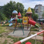 Piatra Neamţ: vice-primarul Bogdan Gavrilescu propune redeschiderea locurilor de joacă