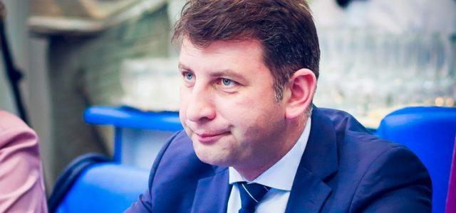 Cu 55 de zile înainte de alegeri, primarul Romanului rămâne fără mandat