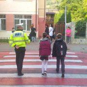 Poliţia Locală supraveghează 10 şcoli din Piatra Neamţ