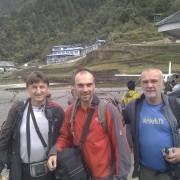 Alpinişti nemţeni atacă vârful Ama Dablam