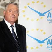 ALDE Neamţ a retras sprijinul politic pentru doi consilieri municipali