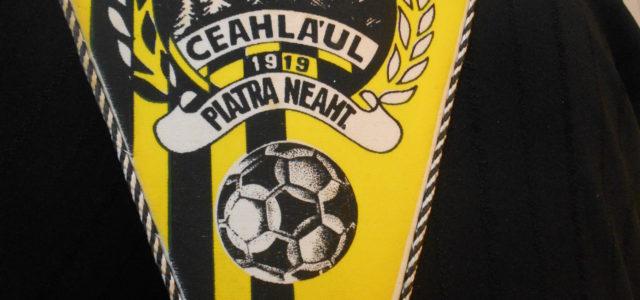 Cine a realizat primul fanion al echipei Ceahlăul şi de unde vin culorile galben-negru?
