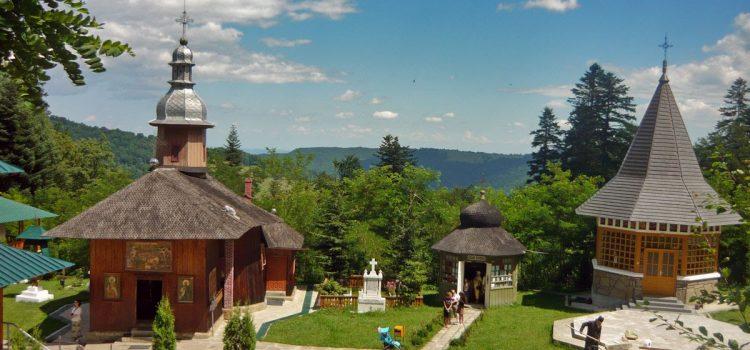 Astăzi, Mănăstirea Sihla îşi sărbătoreşte ocrotitoarea, pe Sf. Teodora