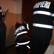 Piatra Neamţ: Bărbat de 80 de ani găsit mort în casă