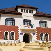 Piatra Neamţ: beneficiarii de locuinţe din fondul municipiului sunt chemati la Primărie