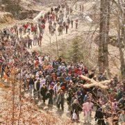 Piatra Neamţ: astăzi de la 12, Drumul Crucii pe Muntele Pietricica
