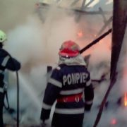 Copil scos mort dintr-un incendiu la Borleşti