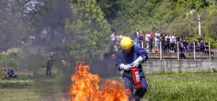 """""""CU VIAȚA MEA APĂR VIAȚA"""""""