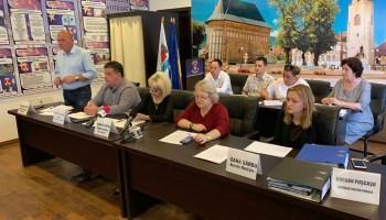 """Chitic, despre intervenţia prefectei în şedinţa de Consiliu Local: """"Nepotrivit şi neoportun!"""""""